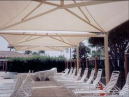 Cantilever Umbrella Shade