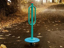 Playground Spinner with Rubber Base