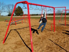 Commercial playground swing bars for fitness